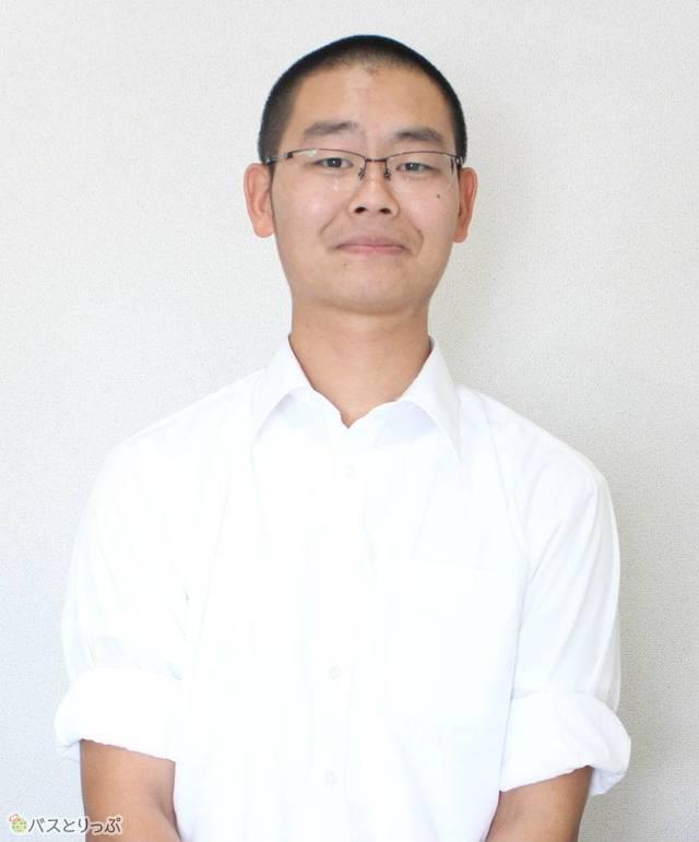 バスドライバー歴4年以上の伊藤雄太さん(26)