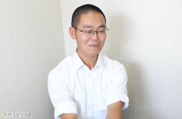 伊藤さんは高速バスのドライバーをしていても腰の痛みなどはないという