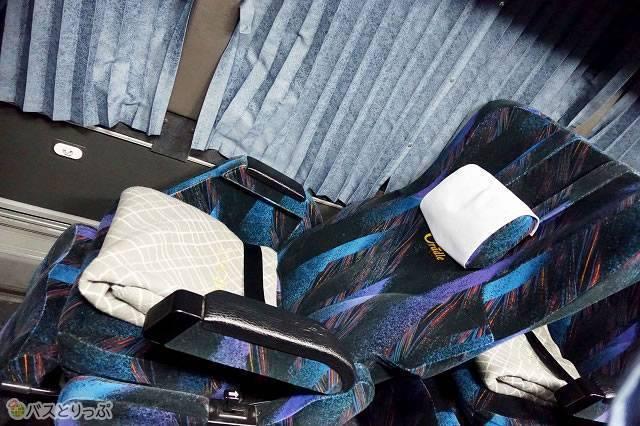 西日本JRバス「プレミアムドリーム」のコンセント