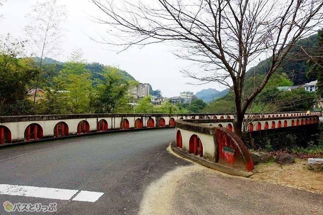 趣のある石橋.jpg