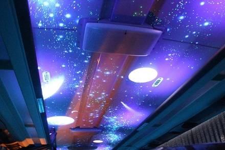 まるでプラネタリウム! 3列独立シート「K☆スター・ライナー」車内は満天の星空が見える!?