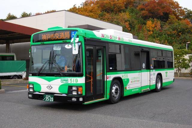 展示がなかった神戸市交通局のバス