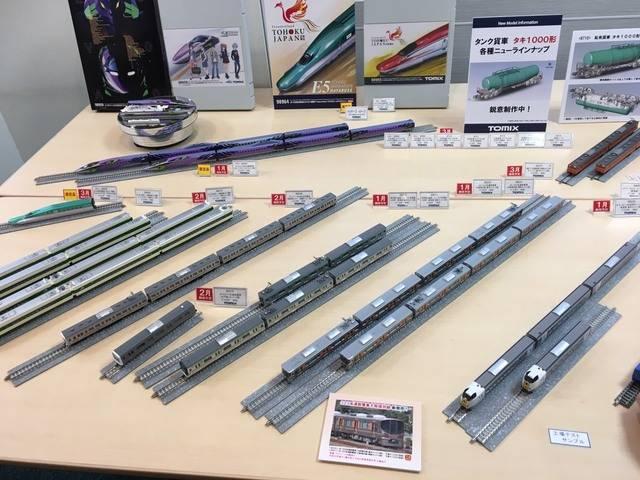 当日はバスだけでなく鉄道模型も多く展示