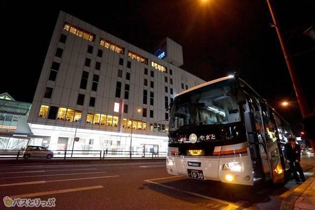 近鉄奈良駅.jpg