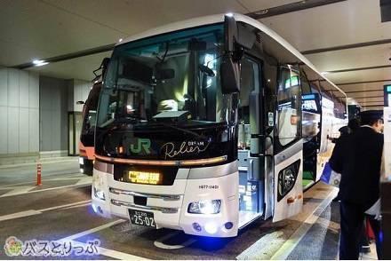 豪華バス「ドリームルリエ」2つのクラスを乗り比べ! アドバンスクラスで大阪⇔東京間を快適バス移動