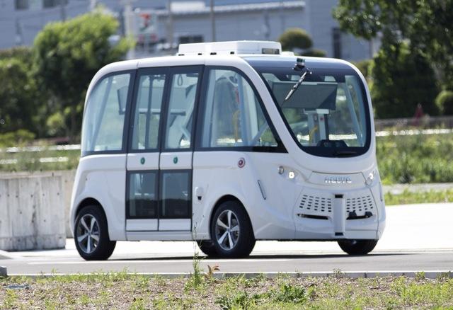 SBドライブ株式会社が所有する自動運転シャトルバス「NAVYA ARMA」