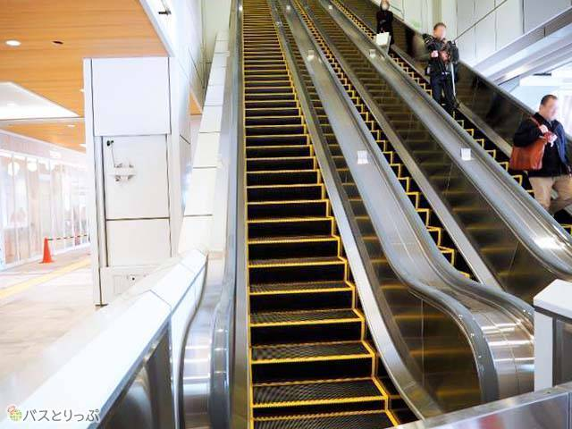 Escalator directly connected with JR Shinjuku station Shinan gate