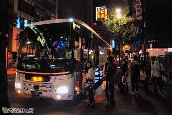 札幌と函館を結ぶニュースター号