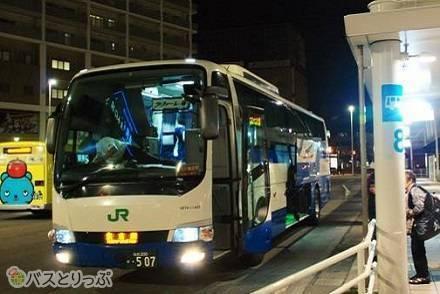 青森→東京9時間、JRバス東北「ラ・フォーレ2号」乗車レポ ~「北海道〜沖縄 0泊5日で日本縦断のバス旅」第2弾