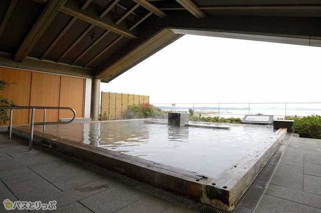 女性専用露天風呂からも同様に素晴らしい景観が