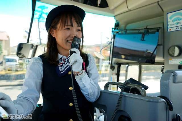 空港バスにガイドさん!? ひと味ちがうバス旅がたのしめます