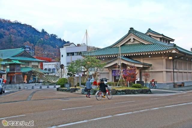 山中温泉の中心 総湯「菊の湯」男湯(公共浴場)。