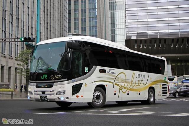 JRバス関東「ドリームルリエ」 H677-11401.JPG