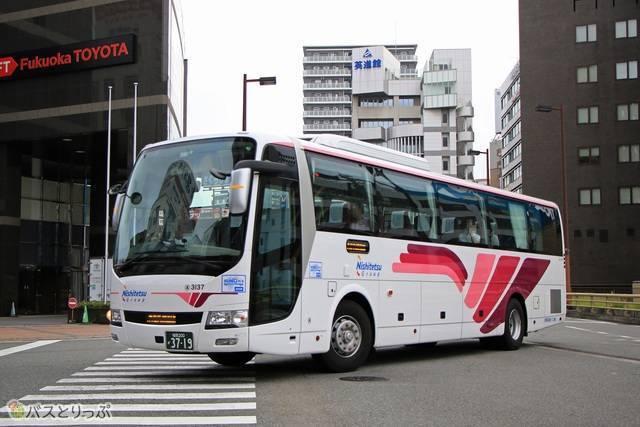 西鉄高速バス「桜島号」昼行便 3137.jpg