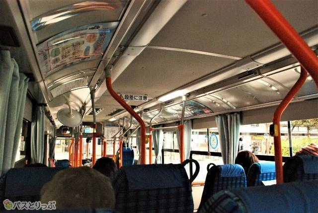 路線バスなので住民の足としても活躍します