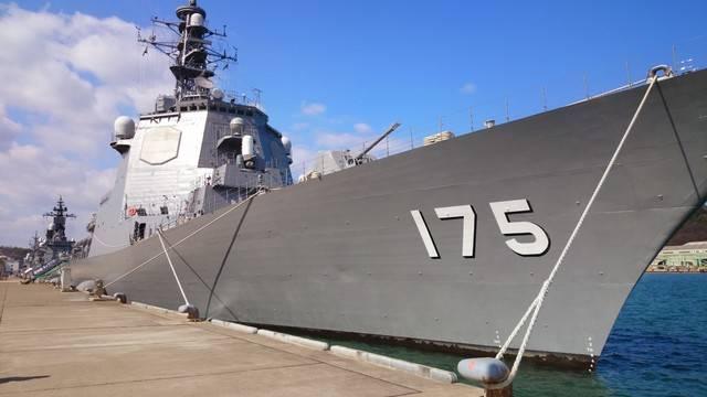 海軍ゆかりの港めぐり遊覧船