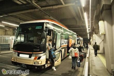 弘南バス「パンダ号」の乗車体験記! 4列シート車両に乗って上野駅バス乗り場から弘前バスターミナルへ