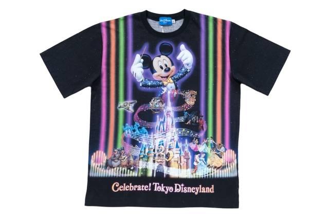 Tシャツ 2,900~3,300円(c)Disney