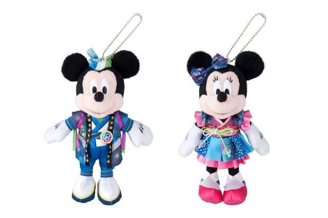 ぬいぐるみバッジ ミッキーマウス、ミニーマウス 各1,700円(c)Disney