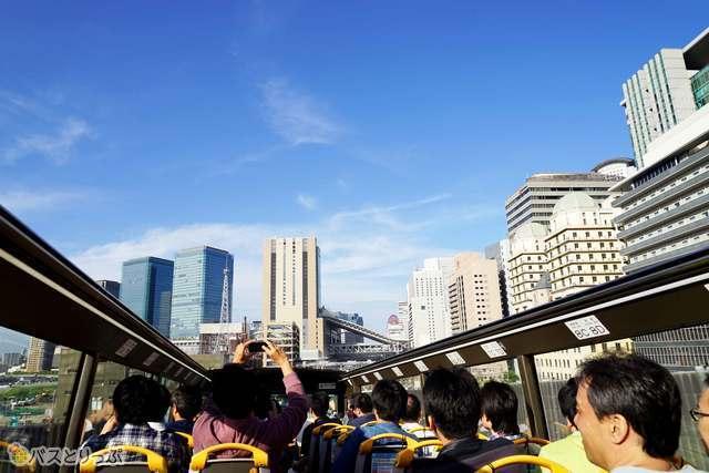 阪神高速道路走る爽快感が楽しめ
