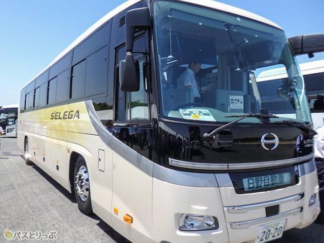バステクフォーラム58日野セレガハイデッカ・床下格納型車椅子リフト付(日野自動車)