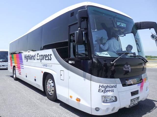 車内乗車券発売機搭載・高速路線バス(一水製作所)
