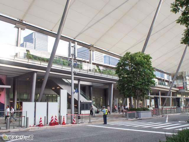 JR東京駅は歩いてすぐです