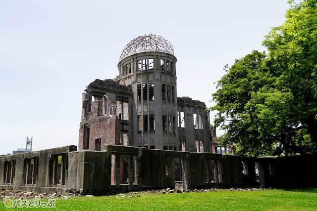 戦争の歴史を今に伝える原爆ドームへは広電が便利