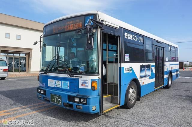 産交バスの路線バス