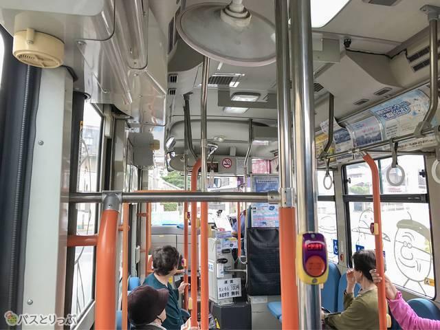 スマイルあおぞらバス車内