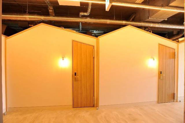 部屋はグランピングをイメージしたおうち型