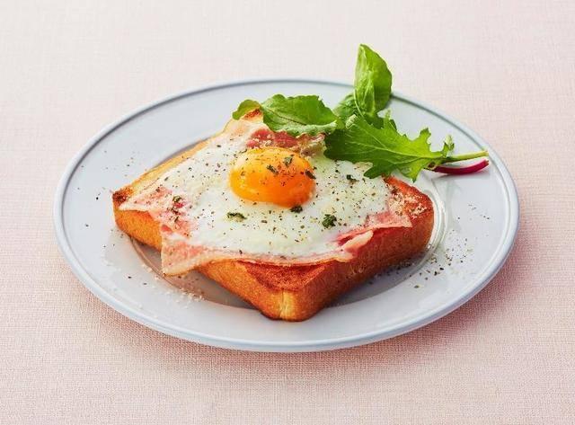 トーストは地元で人気のパン屋さん「fiveran」のパン!