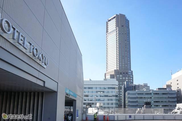 渋谷マークシティバスターミナルから見たセルリアンタワー東急ホテル