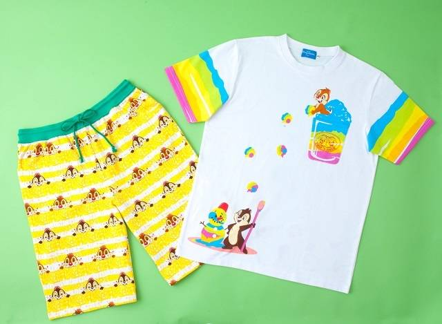 Tシャツ 1,900 円~2,900円・ハーフパンツ 2,300円(c)Disney