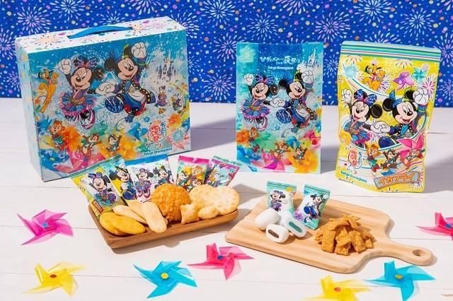 おせんべい 1,100円・マシュマロ 600円・イカフライ 550円(c)Disney