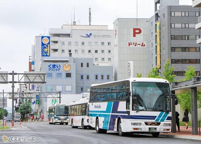 旭川駅前バスタッチ.jpg