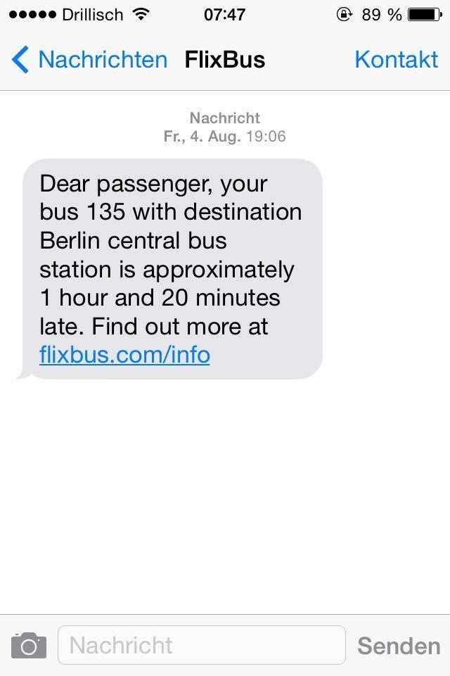 FlixBus1時間20分の出発時間の遅れを知らせるメッセージ