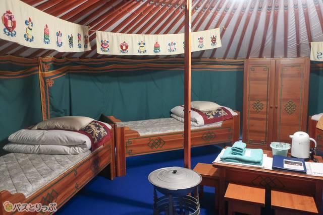 ベッドは4つ。想像より広々しています