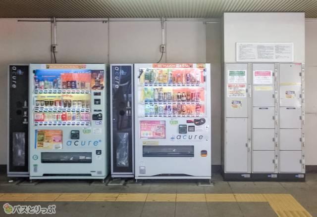 上野駅入谷口のコインロッカー.jpg