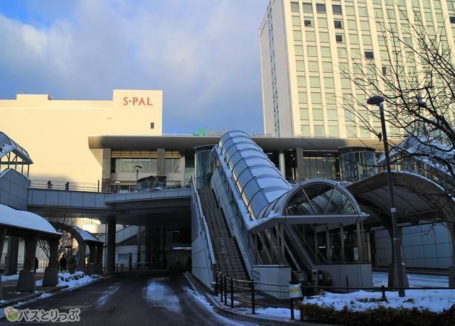 さくら観光バス「ミルキーウェイエクスプレス」CJ305便 1551_25 仙台駅東口.jpg