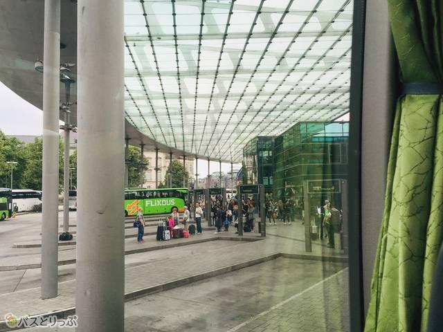 ハンブルグのバスターミナル