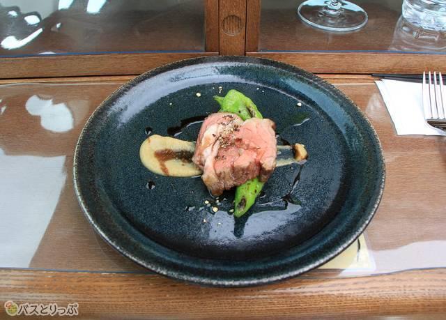 4皿目の料理(主菜)