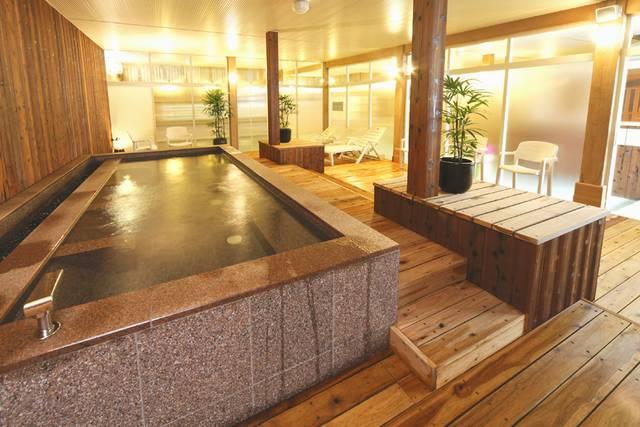 神戸クアハウス 女性用高濃度炭酸泉