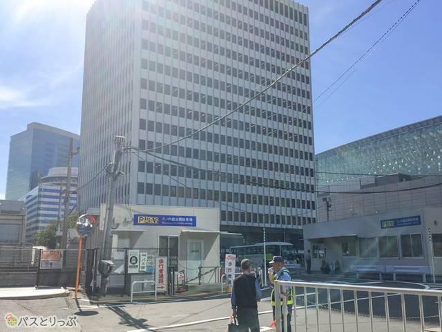 東京駅鍛冶橋駐車場の様子