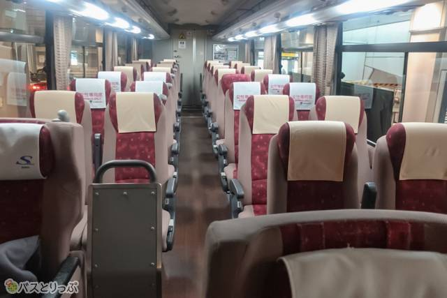 アルピコ交通・高速バス・松本~新宿 車内はこんな感じです