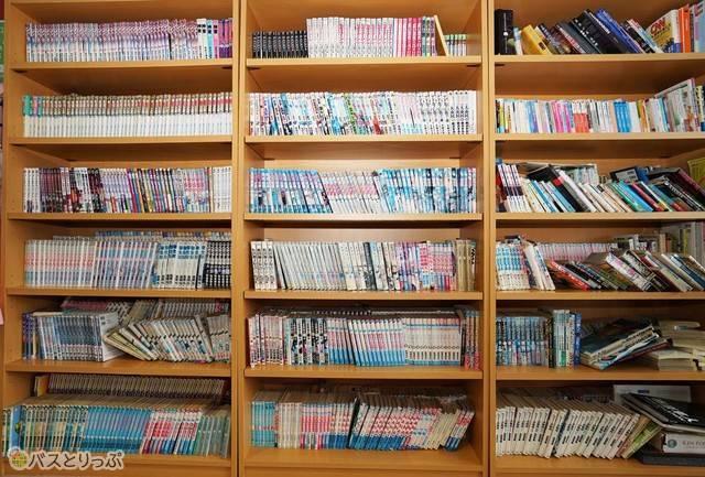 蔵書5,000冊以上! ほとんどコミックだけれど