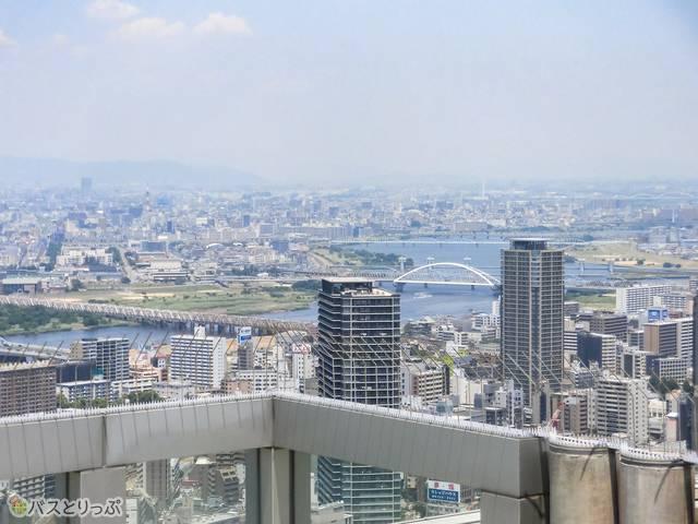 展望台から大阪を一望