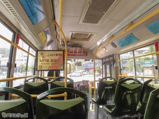 バスはアモイの街中をしばらく走ります