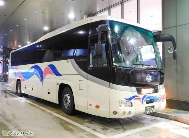 ピカピカの車体のSORIN号。神戸バスターミナルにて撮影
