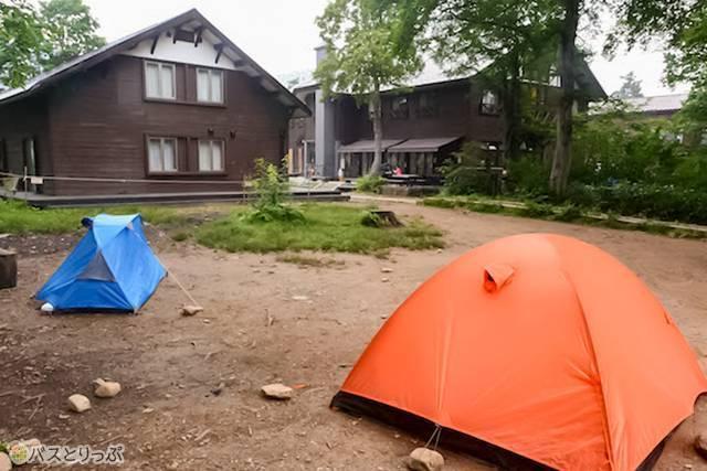 まだ早朝なので、山ノ鼻にはテントが